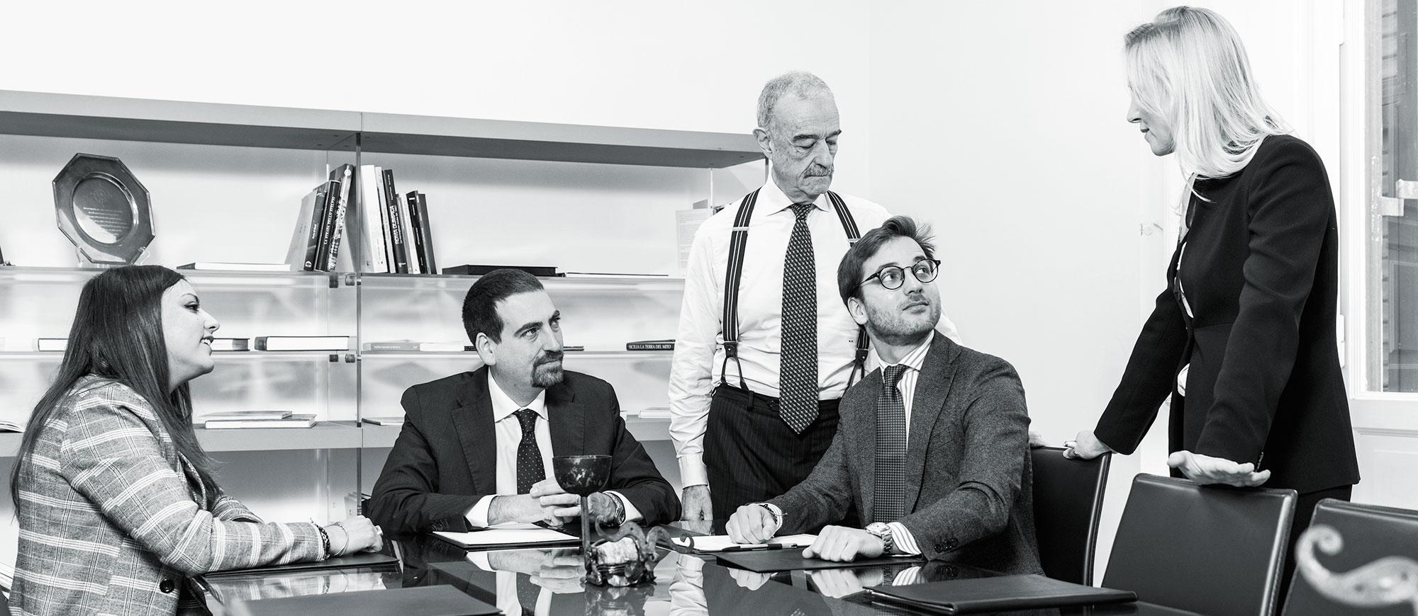 Piselli and Partners studio legale Roma dipartimento contrattualistica pubblica internazionale